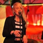 Lisa Bund live